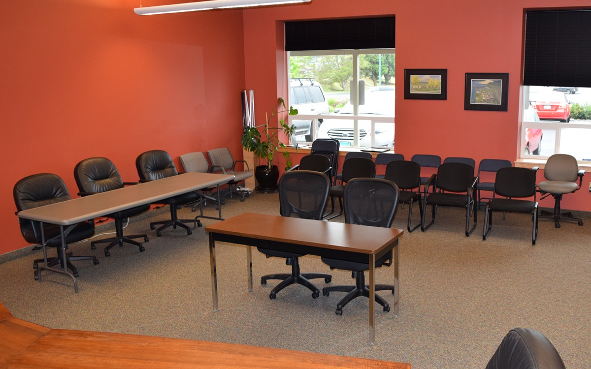 Reserve The Port Conference Room Port Of Hood River - Red conference table
